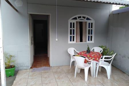 Casa no Peró próximo a praia do Peró e das conchas