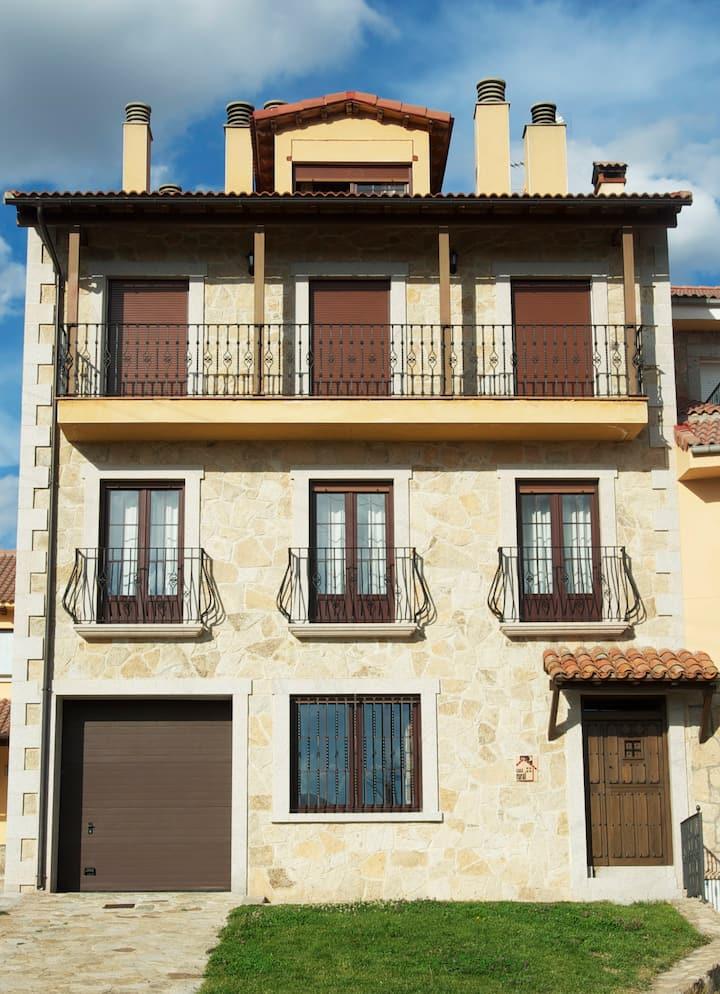 Casa en Navarredonda de Gredos