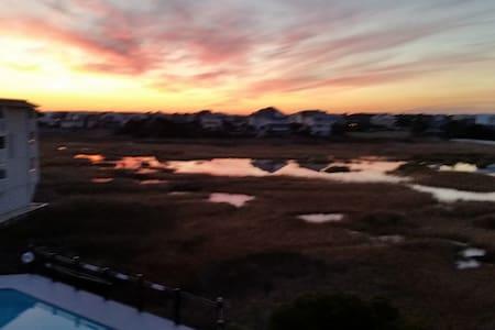 Oceanview & Pool View 1-Bdrm Condo  - Carolina Beach
