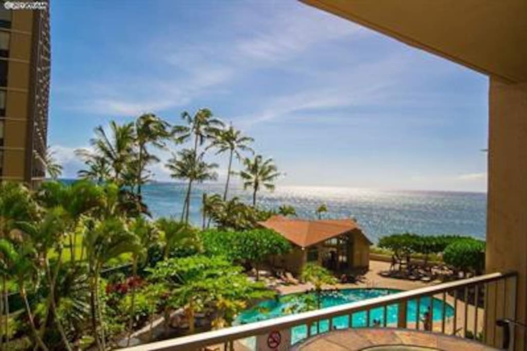 Pool and ocean view from the lanai
