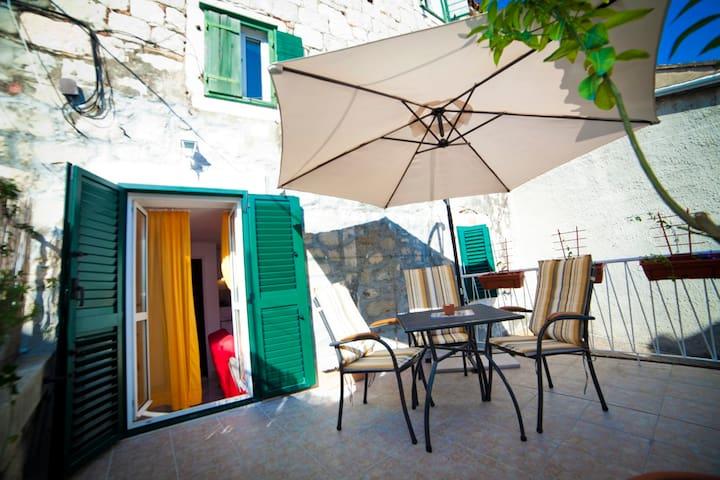 Apartment Zrinka in center of Split - Split - Departamento