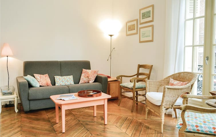 Holiday apartment with 2 bedrooms on 63m² in Mers-les-Bains