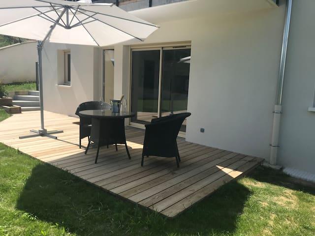 Annecy appartement neuf rez de jardin et terrasse