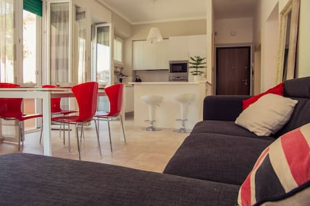 Cozy apartment ideally located with balcony