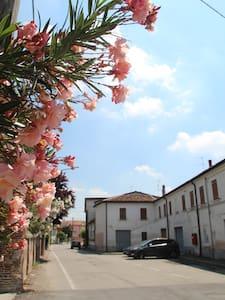 B&B Al Borgo - Provincia di Mantova