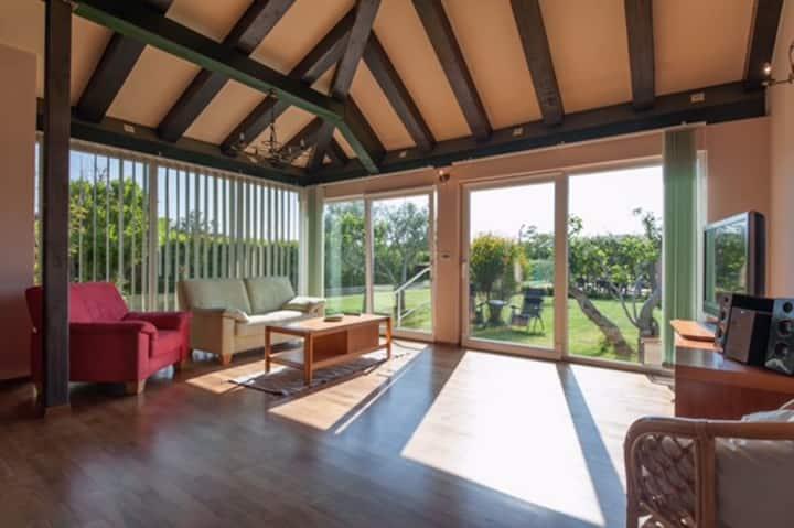 Holiday house Frankie Paradise