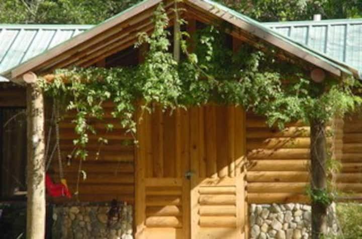 Valle Escondido Eco Lodge (Hidden Valley)