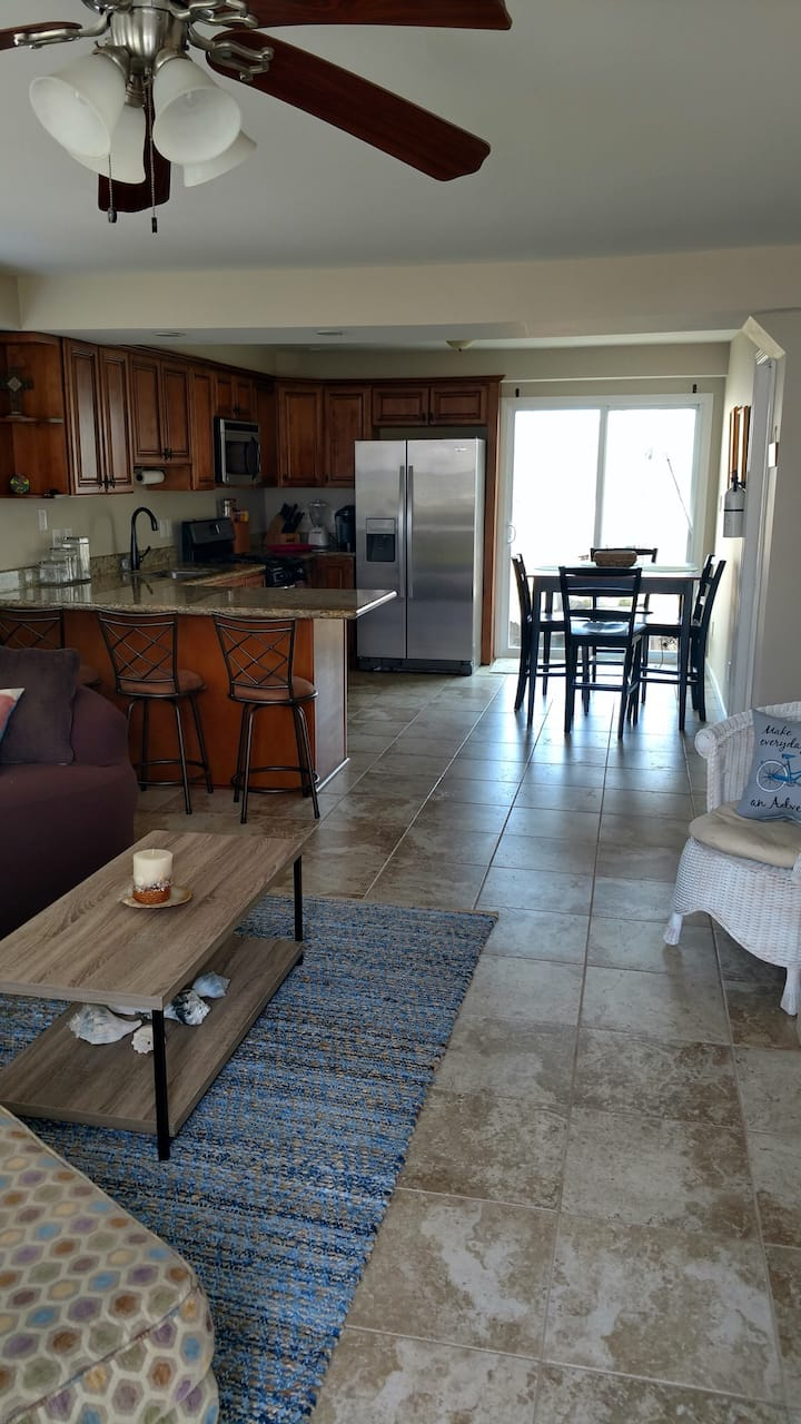3br * 2 short blocks to dune-free beautiful beach*