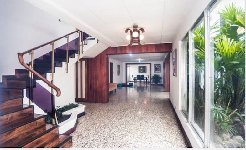Sabana Park, Room 3 in beautiful house - San José - Loft