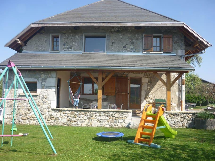 Corps de ferme enti rement r nov maisons louer for Annecy maison a louer