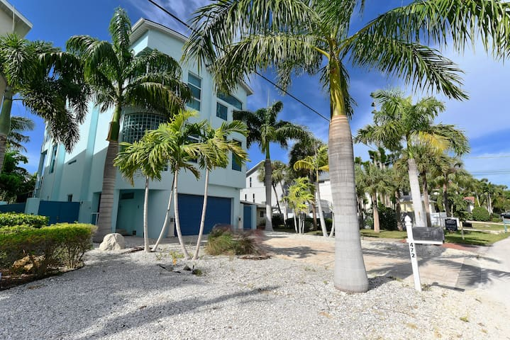 VILLA LUXURY SIESTA KEY- 10 PERS. A 2 MN TO BEACH - Siesta Key - Huis