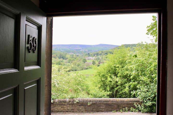 Greendale Cottage - scenery and walks on doorstep