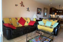 New Couch w recliners