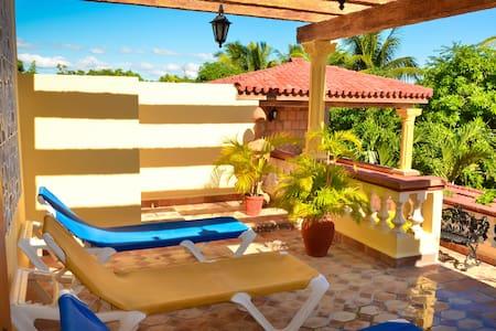 Hostal Villa Dalia - Habitación 2 - Casilda - Maison