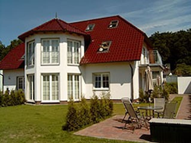 Ferienwohnung 3 Stefan Sommerhoff - Göhren - House