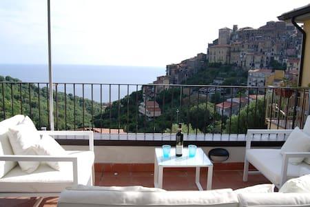 Elegante appartamento a Pisciotta - Rumah