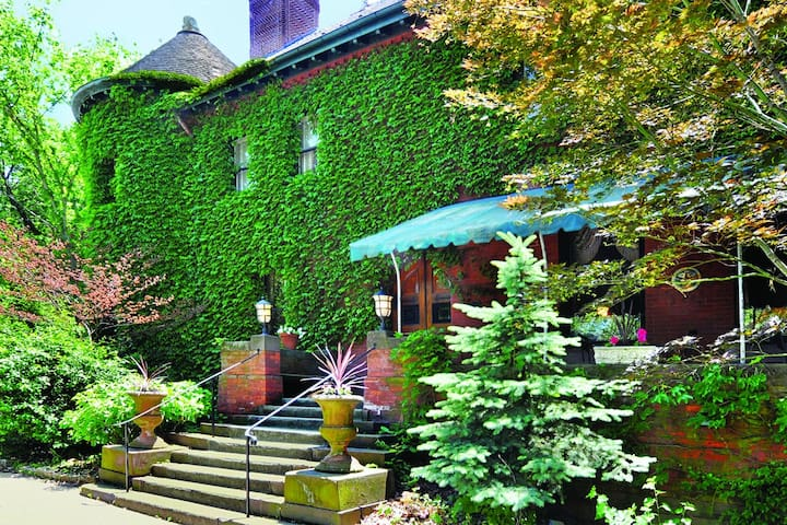 Charming Restored Mansion Suite 24 - Pittsburgh - Autre