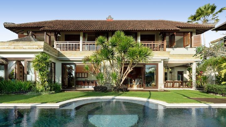 Villa Impian Manis