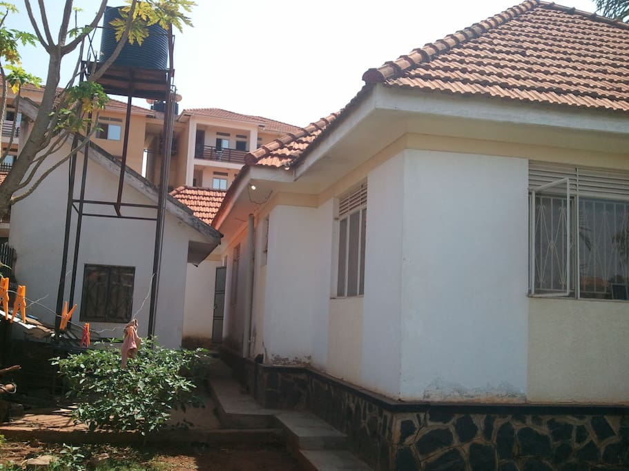 Rear View, Servant House
