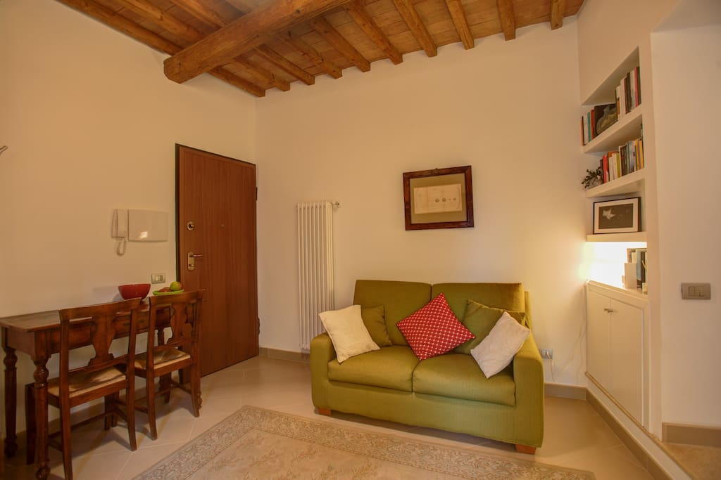 The medieval quarter of the olmo apartments for rent for Cristina woods apartments