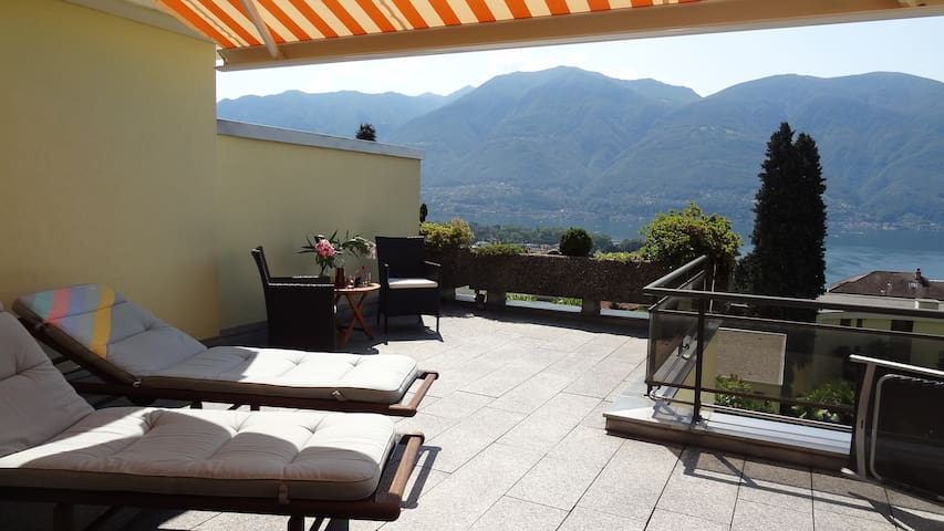 2.5 room app with fantastic terrace - Ascona - Apartamento