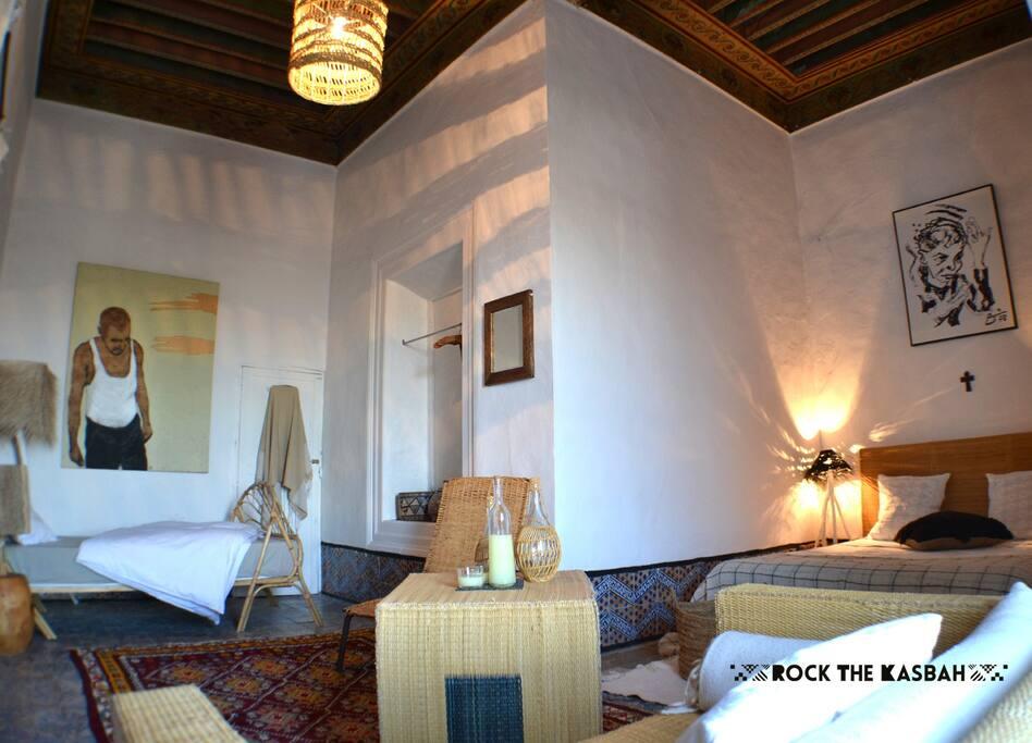 Suite secondaire, un grand lit 2 places et un lit simple, 30€/personne
