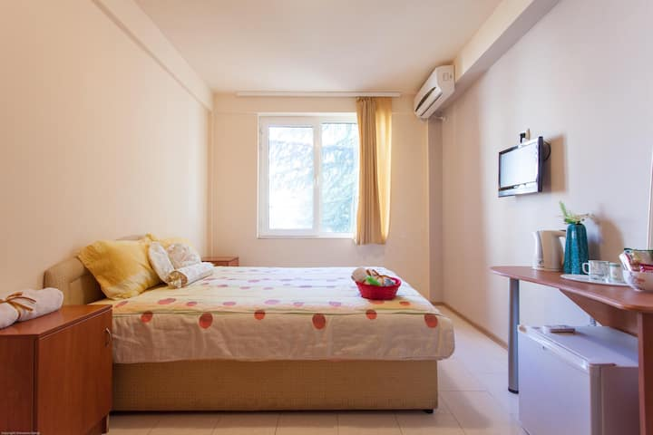 5min to Beach Double Room  Parking