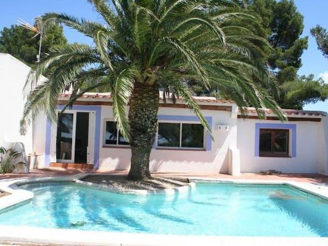 Casa con encanto delante de playa  - Calafat - Hus