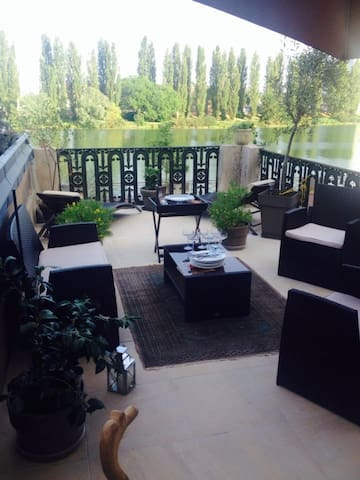 Appartement superbe vue (Chambre 2 - Chalon-sur-Saône - ที่พักพร้อมอาหารเช้า