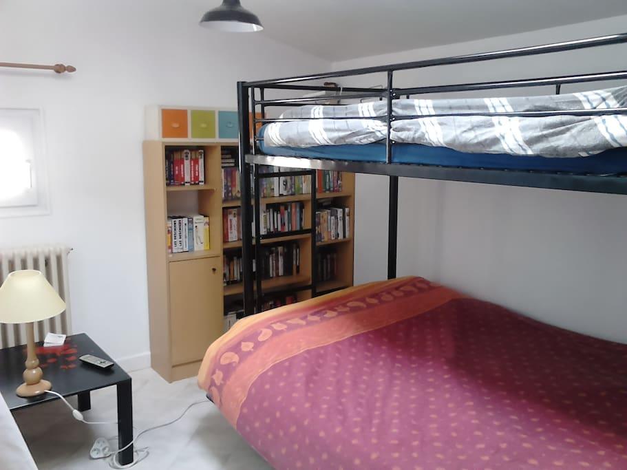 Chambre 1  ( 3 places)