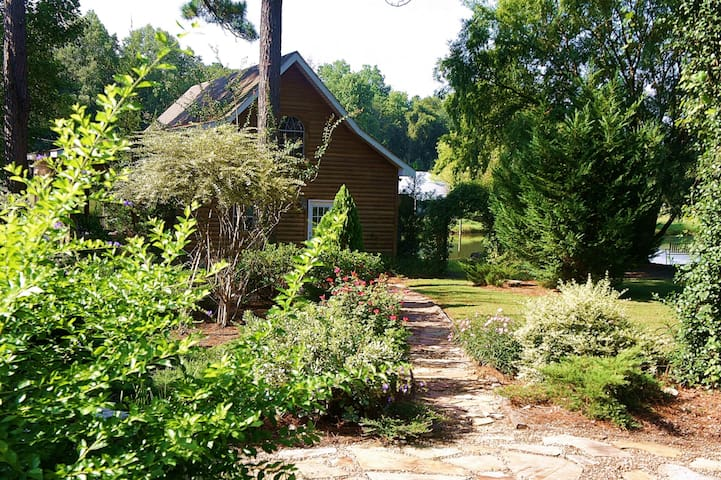 Shalom House B&B - cabin  - Tifton - Bed & Breakfast