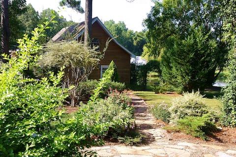 Shalom House - cabin