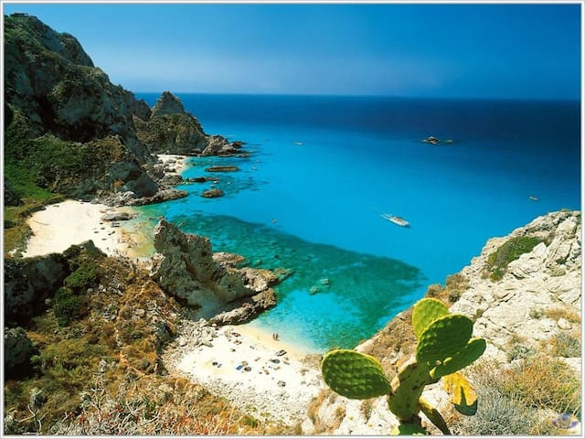 Sun Beach+lots of Italian culture