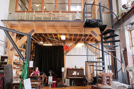 Splendid Artist Residency - San Francisco - Loft