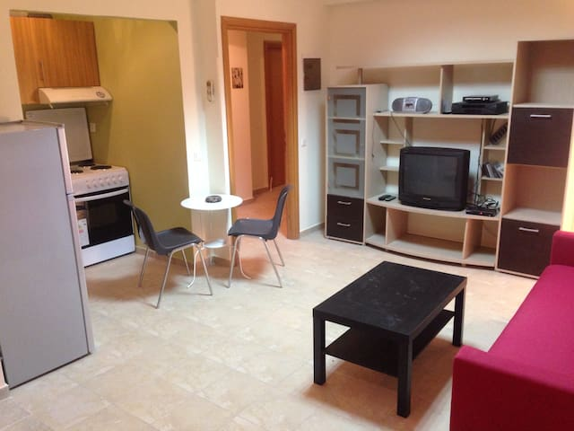 Great centre apartment - Ν.Μηχανιωνα  - Huis