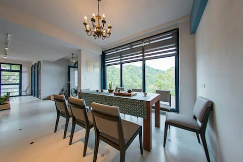 Taipei Villa with stunning view(for six persons )