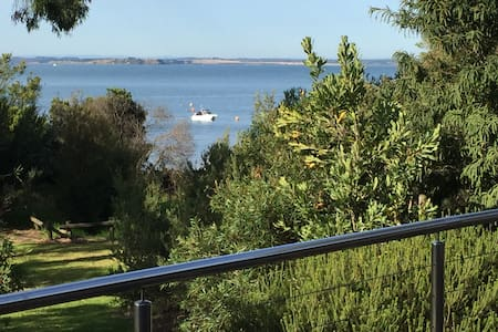 Superb Room On the Beach at Cowes - Cowes - Bed & Breakfast