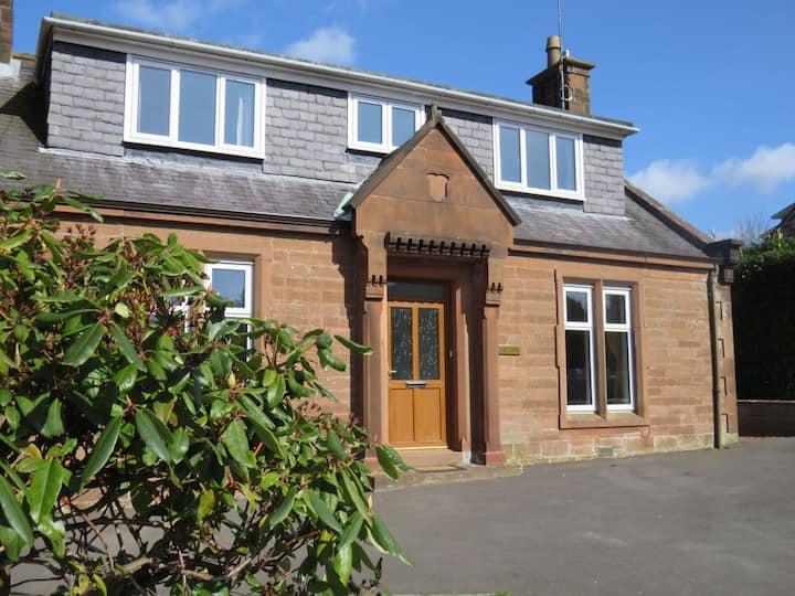 Cottage: Garden | Private Parking | Games Room