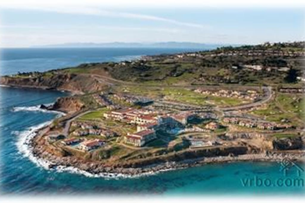 Oceanfront resort in Rancho Palos Verdes, 20 miles from LAX airport.