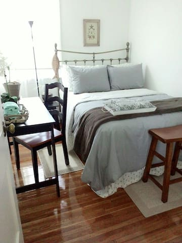 $34 COZY Room #1/Close to the CITY! - Philadelphia