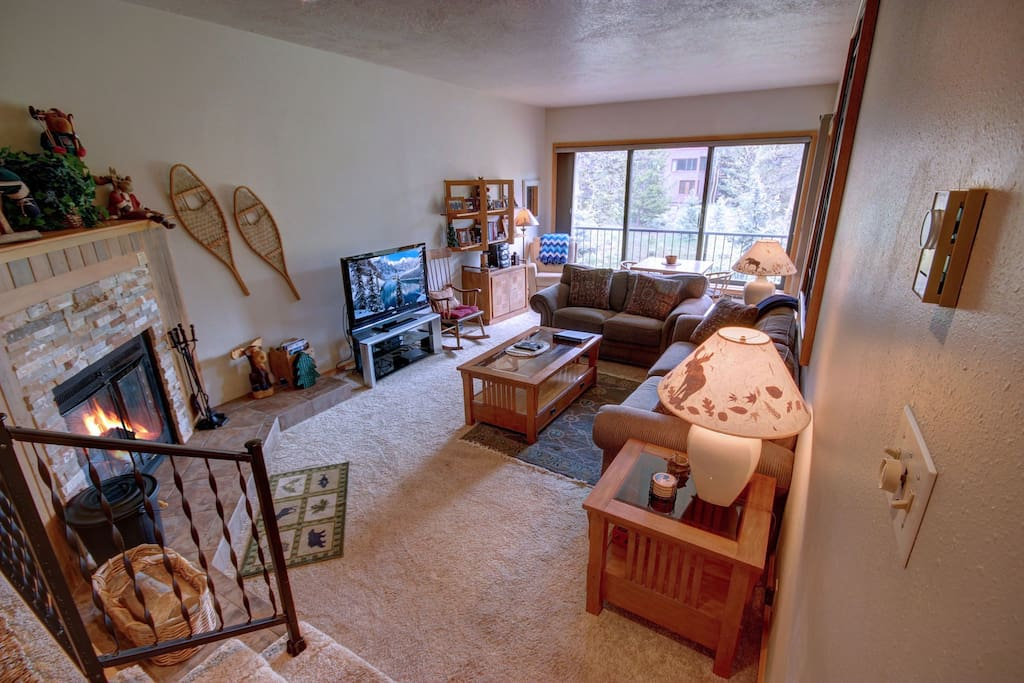 Spacious 2 bed condo at The Pines