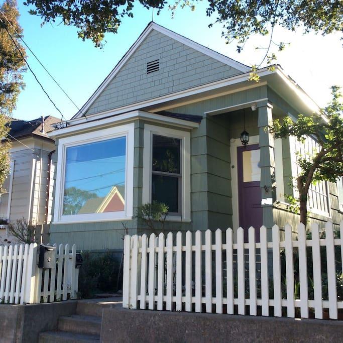 Big Bay Beach House: Pacific Grove PG Beach Haven, License # 202