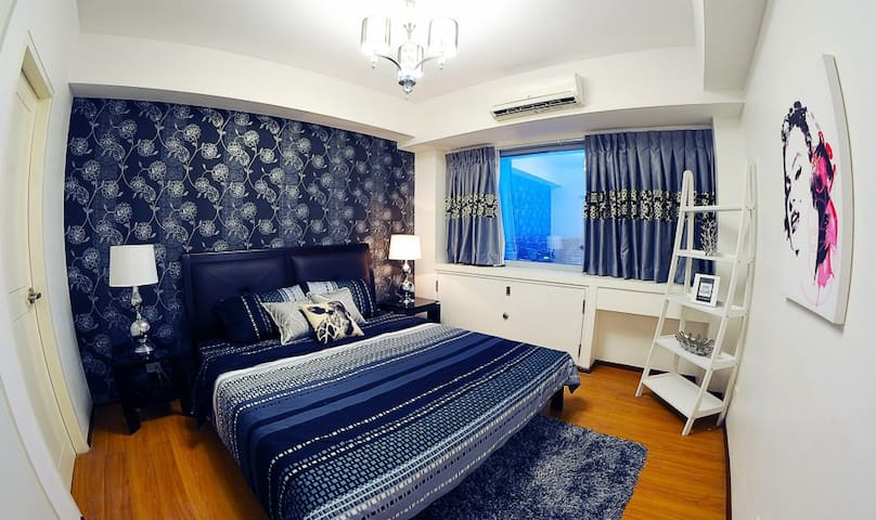 1 Bedroom Condominium Unit