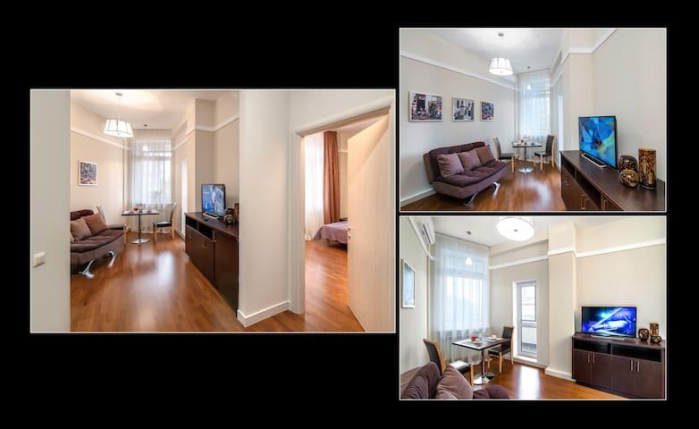 One-bedroom Apartment (@Home Apt) 4 - Almaty