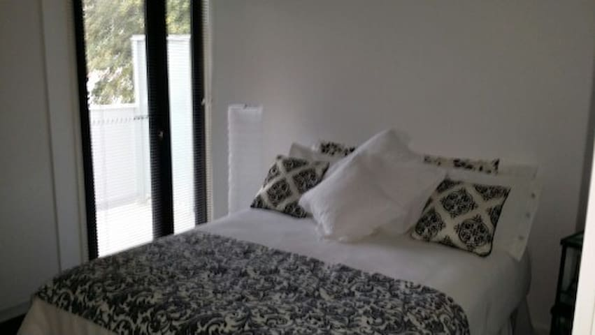 Room near Brighton Beach - Brighton - Apartamento