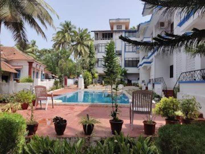 Spacious one bedroom apartment near to baga beach