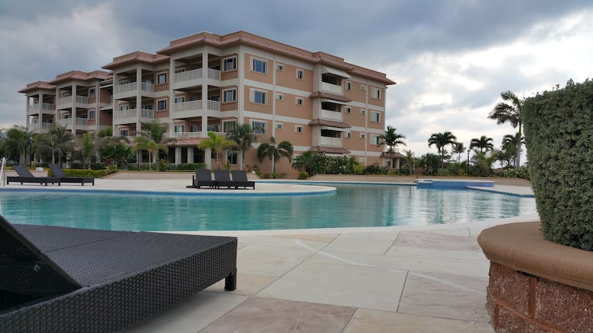 Marina Village Condo - Ocho Rios - Apartment