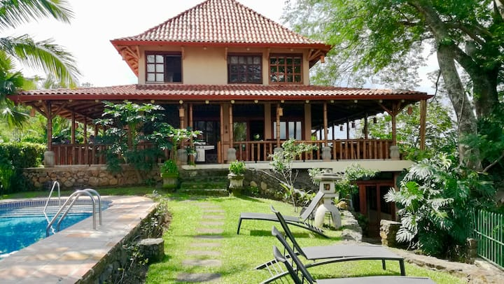 Atenas bamboo style elegant home