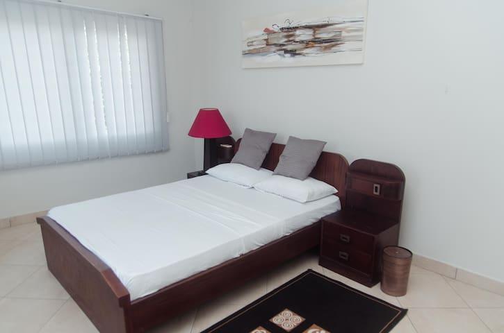 Double En-suite Near Oxford Street Osu!