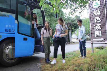 丽江绿色家园—云南省级科普教育基地,与来自全世界的义工、志愿者、实习生畅玩交流学习